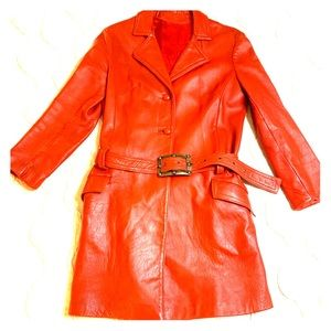 VINTAGE LEATHER COAT / JACKET